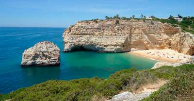 Hoteles baratos de playa en Algarve title=